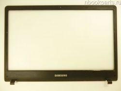 Рамка матрицы Samsung NP300E4A